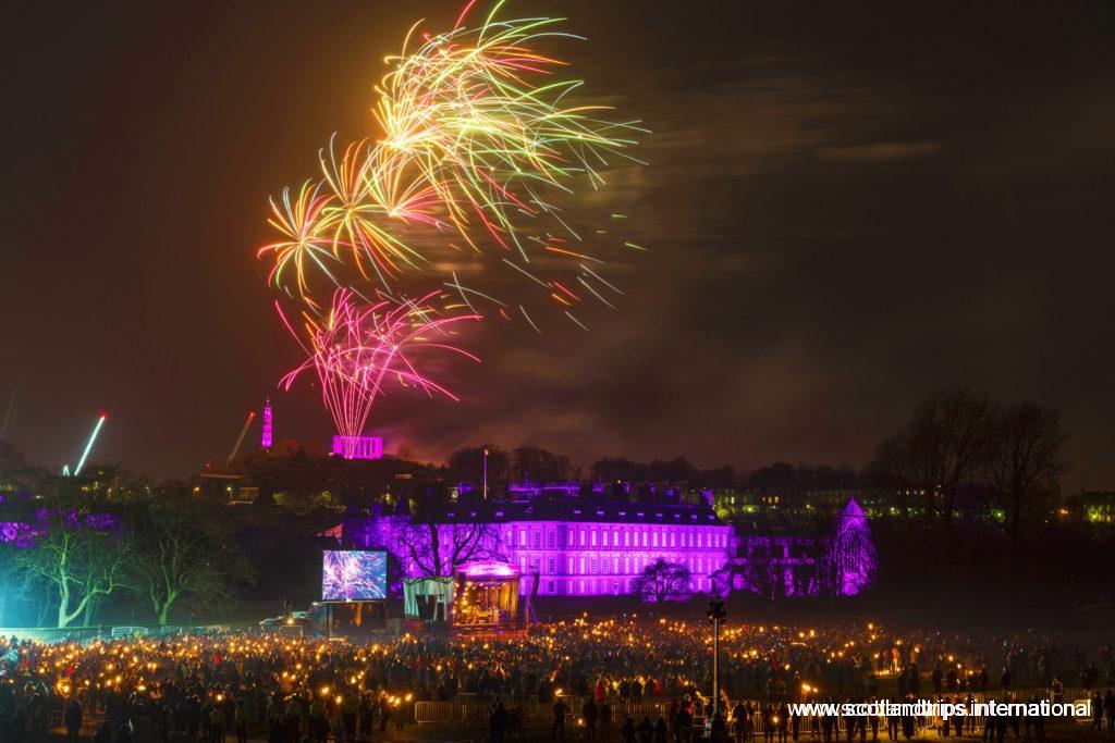 Fuegos Artificiales de Noche Vieja - Christmas Eve fireworks - Hogmanay