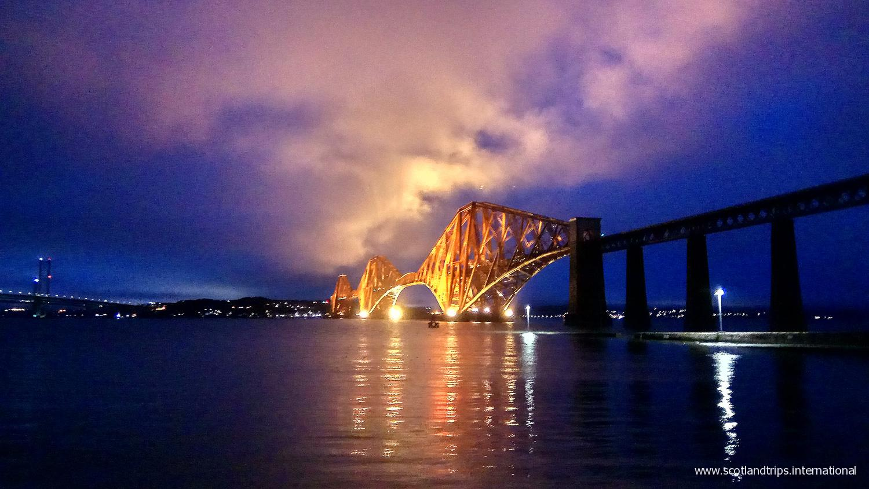 tours-por-escocia-tours-in-scotand-viajes-travel-vacaciones-holidays-scotlandtrips-international-forth-bridges-Edimburgo