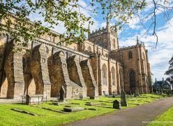 Visita a la abadia de Dunfermline - Dunfermline Abbey visit - ScotlandTrips International
