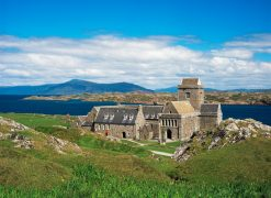 Tours a la isla de Iona - Tours to Iona - ScotlandTrips International